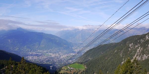 Blick von der Bergstation nach Meran