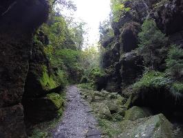 Foto traumhaft idyllische  Wege im Uttewalder Grund