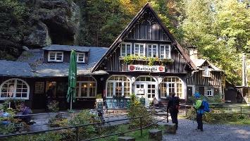 Foto Einkehrmöglichkeit im Uttewalder Grund - Gasthaus Waldidylle