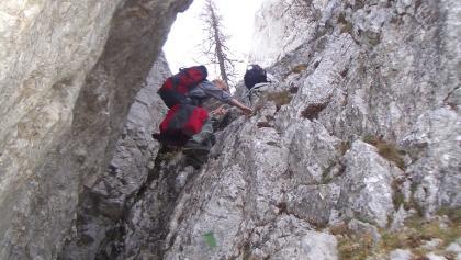 Der Kamin am Bärenlochsteig (inzwischen mit Drahtseil versichert)