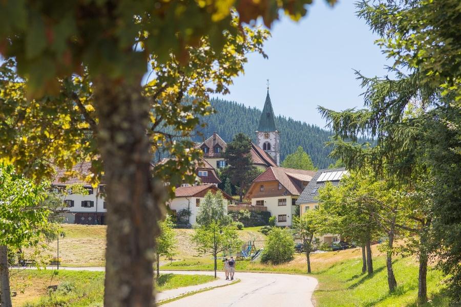 Idyllischer Spaziergang zum Sommerberg