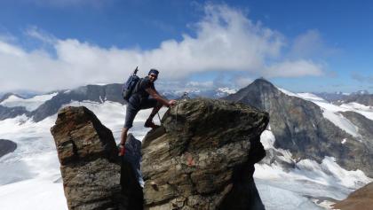Schöne und teilweise auch versicherte Kletterei mit einer herrlichen Aussicht.