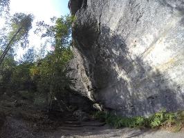 Foto Riesiger markanter Überhang mit Echo am unteren Einstieg zur Rotkehlchenstiege