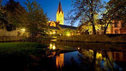 Blick auf Dom, Kaiserpfalz und Dielenpader