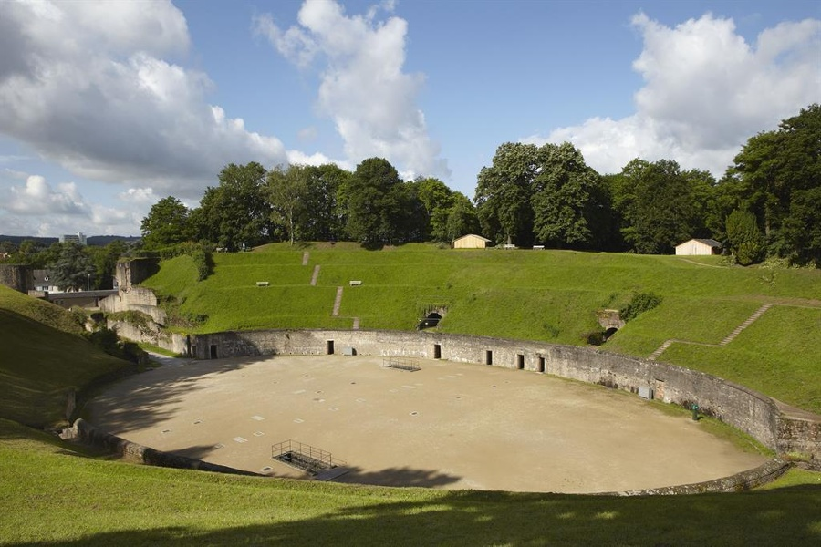 Foto: Amphitheater in Trier