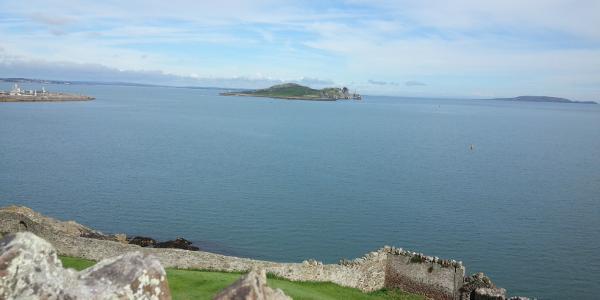 Die Aussicht auf die Inseln Ireland's Eye und Lambay Island