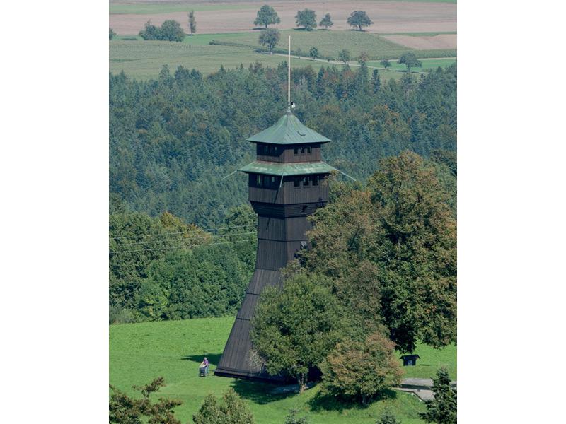 Idyllische Straße Tour F - Weites Land und historische Mühlen  - @ Autor: Beate Philipp  - © Quelle: Naturpark Schwäbisch-Fränkischer Wald