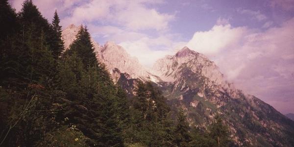 Panorama verso Piccolo Siera e Creton di Tul dal sentiero passo Elbel - rifugio De Gasperi