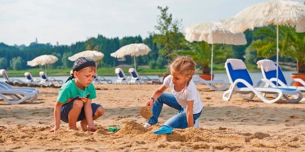 Strandbereich am Bio-Seehotel (Quelle: Bio-Seehotel Zeulenroda)