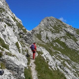 In vista del cupolone sommitale del monte Lastroni