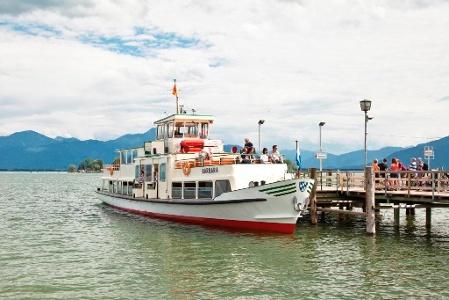 Mit der Chiemsee-Schifffahrt zur Frauen- und Herreninsel