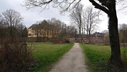 Blick auf Schloss Burgau