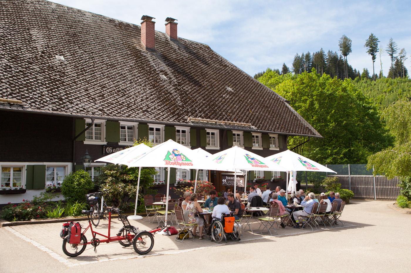 """Hofgut Himmelreich mit""""draisin""""-Fahrrädern"""