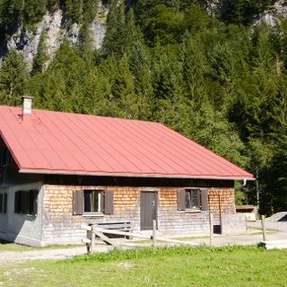 Die Diensthütte