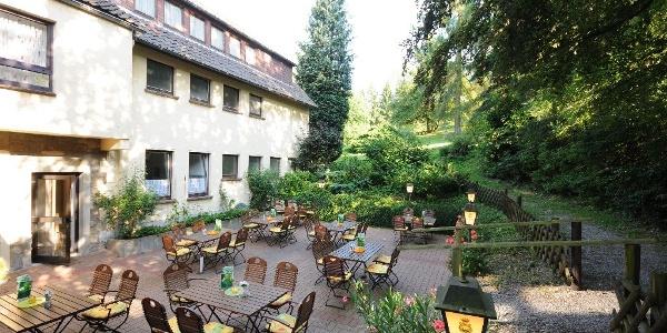Hotel zur Burg Sternberg: Biergarten