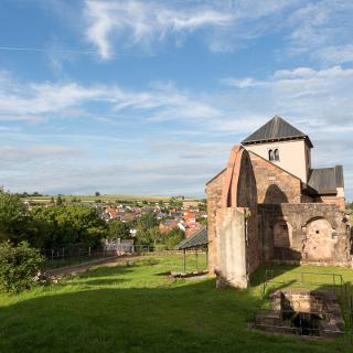 St. Fabianstift mit Blick über Hornbach