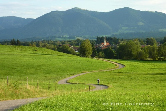 Long-distance hiking trail – Meditation Trail, 2nd stage (Murnau - Seehausen - Uffing - Murnau)