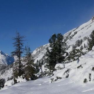 Zustieg zum Grünwaldkopf Südrücken mit Blick zum Seekareck. Links Windschaufel und Steinfeldspitze