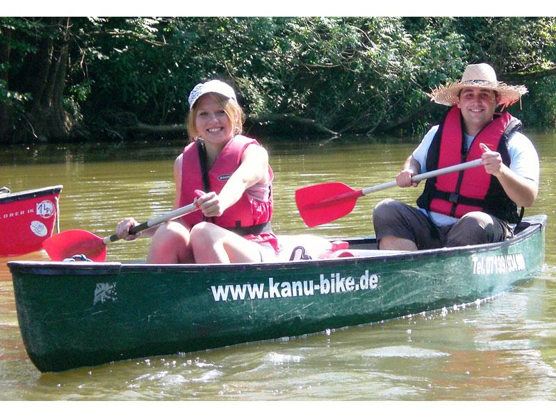 Kanutouren auf Kocher, Jagst und Neckar  - @ Autor: Beate Philipp  - © Quelle: 100% Kanu+Bike