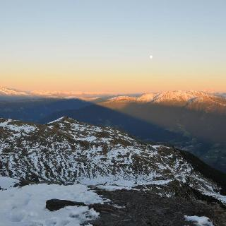 Aussicht von der Königsangerspitze nach Osten zum Scheibenkofel bei Sonnenuntergang