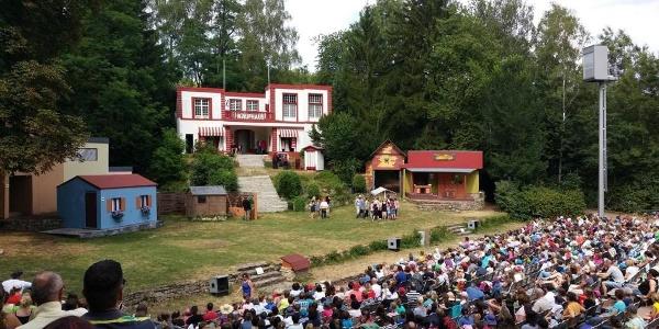 Vorstellung auf der Naturbühne Gräfinthal