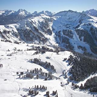 Vista panoramica sulle malghe di Obereggen
