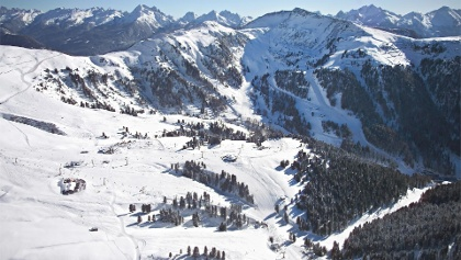 Panoramic view to the Obereggen huts