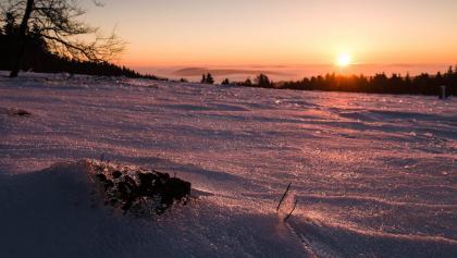 Sonnenaufgang am Kahlen Asten, Blick nach Winterberg