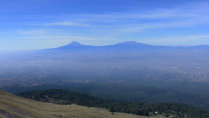 Popocatepetl und Iztaccihuatl vom Malinche gesehen