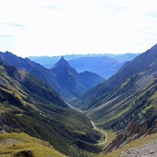 Blick von der Seescharte ins Lochbachtal