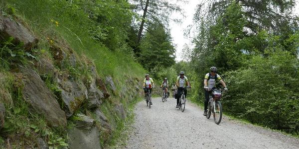 Radwegpassage bei Burgeis