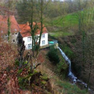die Höllenmühle mit dem Langenfelder Wasserfall