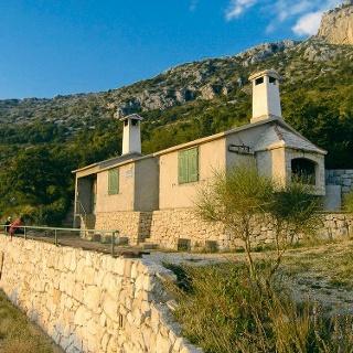 Planinarska kuća Pod Koludrom