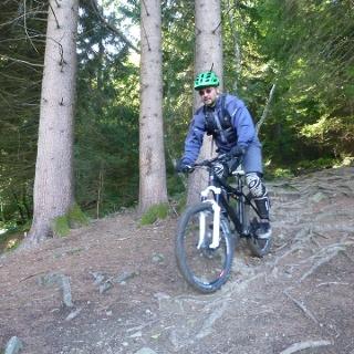 Biker auf dem Panoramaweg Trail