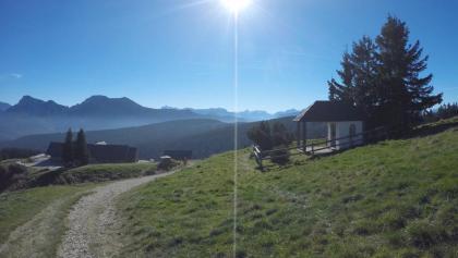 Stoißer Alm - Hütte und Kapelle