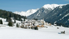 Winter walking tour from Colle, Schintlholz to Tesido
