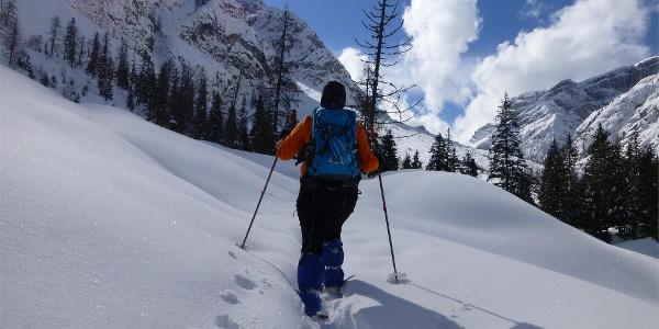 Schneeschuhwanderung im Innerfeldtal