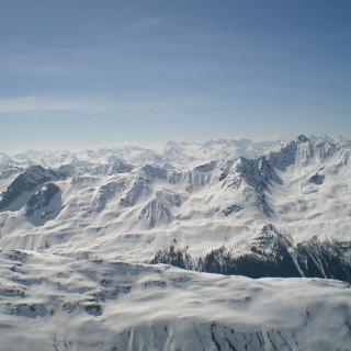 Blick vom Gipfel nach Süden in die Silvretta