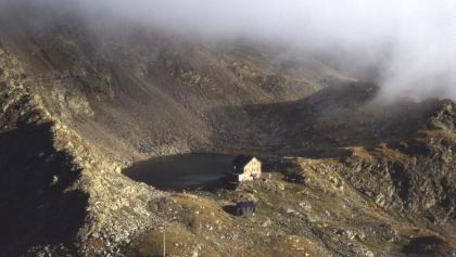 Blick auf die Flaggerschartenhütte