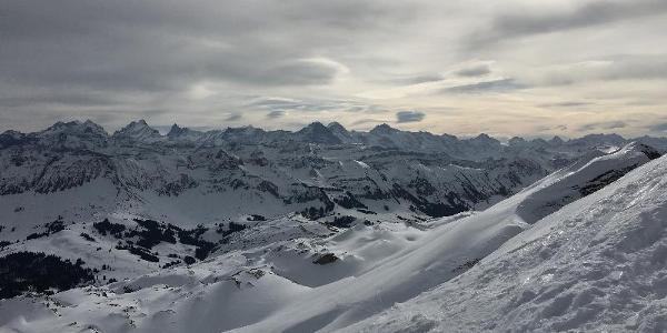 Blick in die Berner Alpen.
