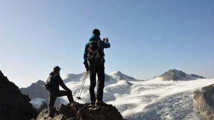 Einfach überwältigend - Eine gandiose Aussicht auf Wildspitze und zahlreiche eindrucksvolle Gletscher