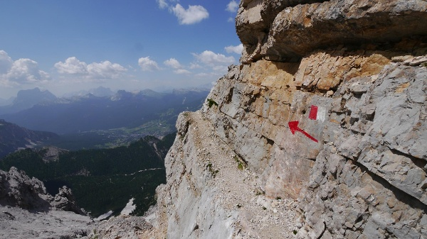 Klettersteig Dolomiten : Hütten in klettersteig nähe bergwelten