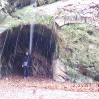 rechte Höhle