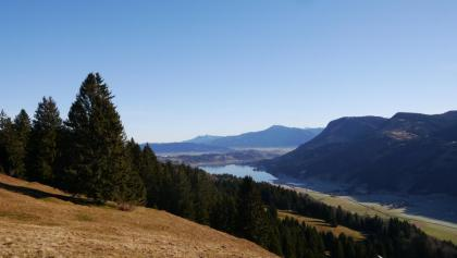 Blick von der Salmaser Höhe auf den Großen Alpsee