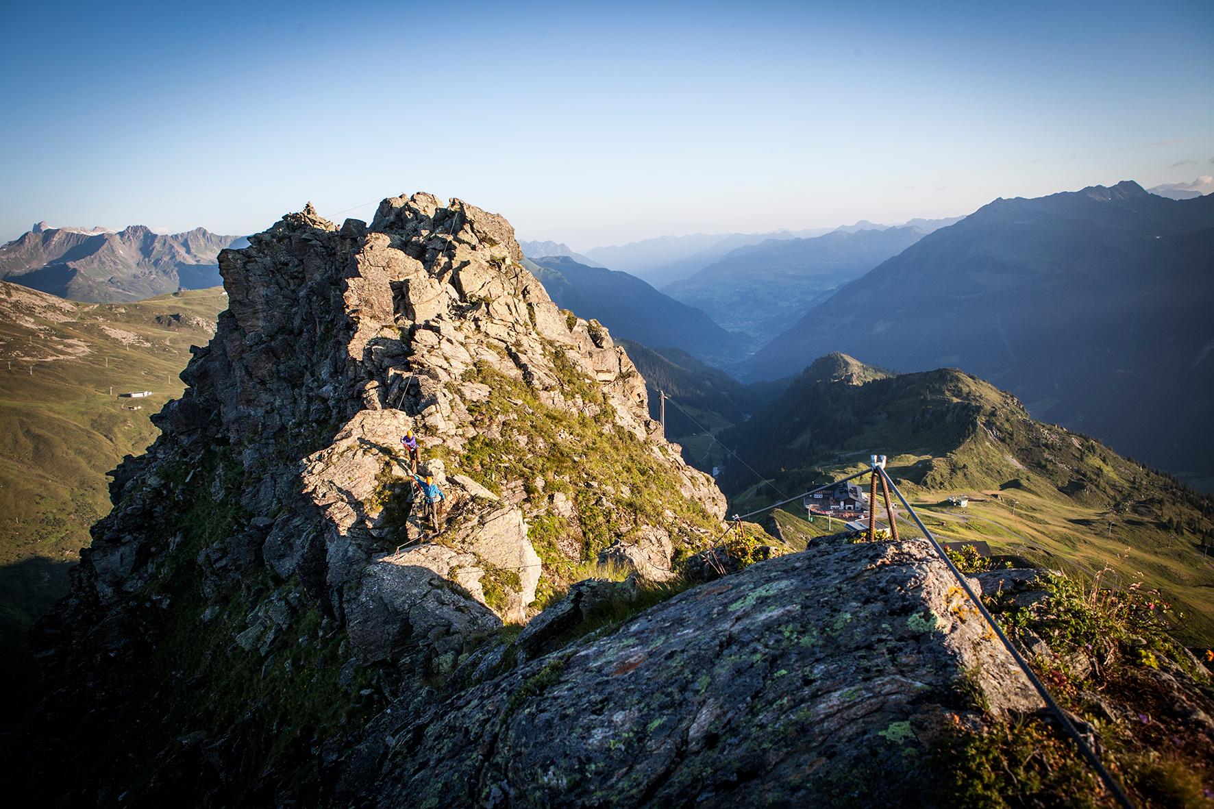 Klettersteig Burg : Klettersteig burg versettla bahn explorer hotel montafon
