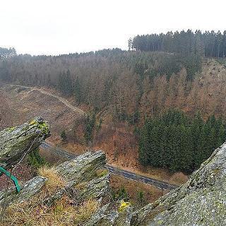 Panoramablick vom Wegrand
