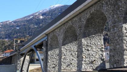 Eisenbahn - Viaduktbrücke in Landeck