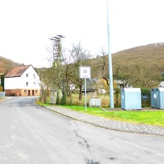 Startpunkt an der Landstraße in Hahnenbach