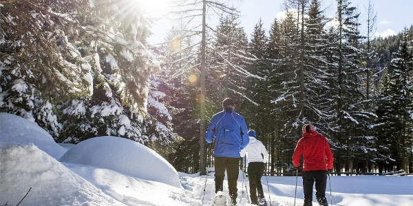 Schneeschuhwanderung im Unesco Welterbe