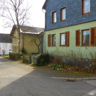 Startpunkt in der Ortsmitte Riesweilers